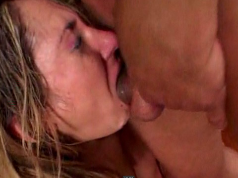 Amateur girlfriend outstanding deepthroat action